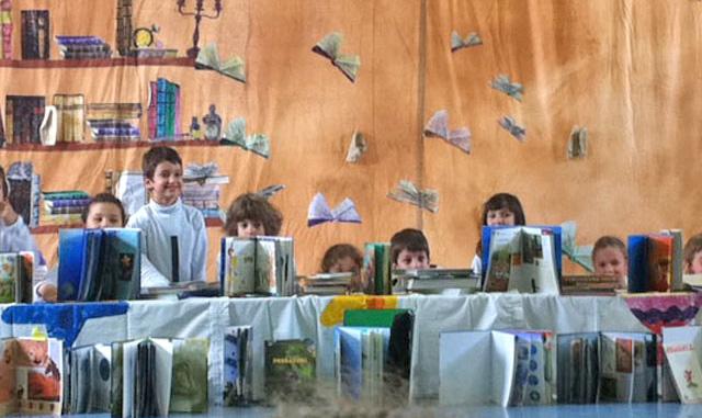 Accendi un libro - illumina una storia - Teatro musicale per bambini